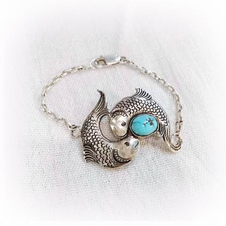 دستبند دخترانه قلمزنی نقره با سنگ فیروزه نیشابور
