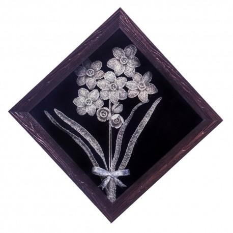 تابلوی دیواری گل سرمه دوزی نقره ای